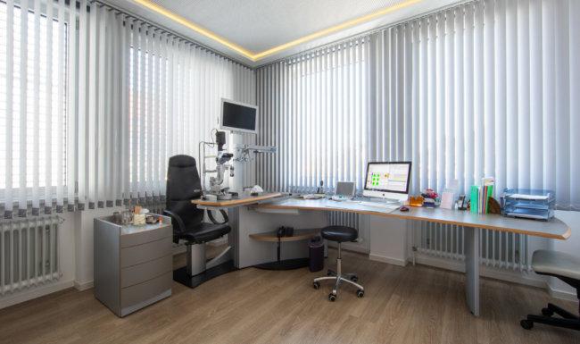Untersuchungszimmer Augenarztpraxis Bobingen
