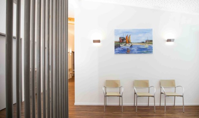 Wartebereich für Patienten Augenarztpraxis Augsburg-Hochzoll